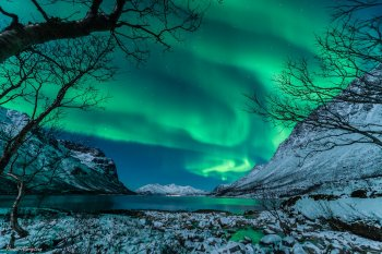 Photo of the northern lights from Tromsø, Norway, on 09Jan2014 by photographer Harald Albrigtsen