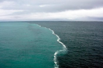 Two oceans meeting near Cape Leeuwin